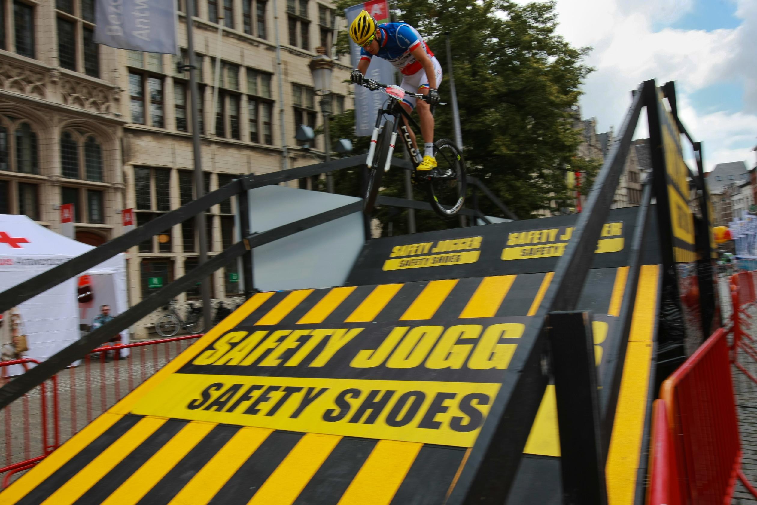 City MTB – UCI Eliminator 300 DPIAntwerpen 2014GLPE160614 1
